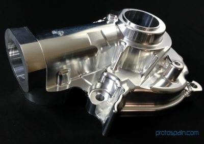 Boîtier cardan usiné en aluminium